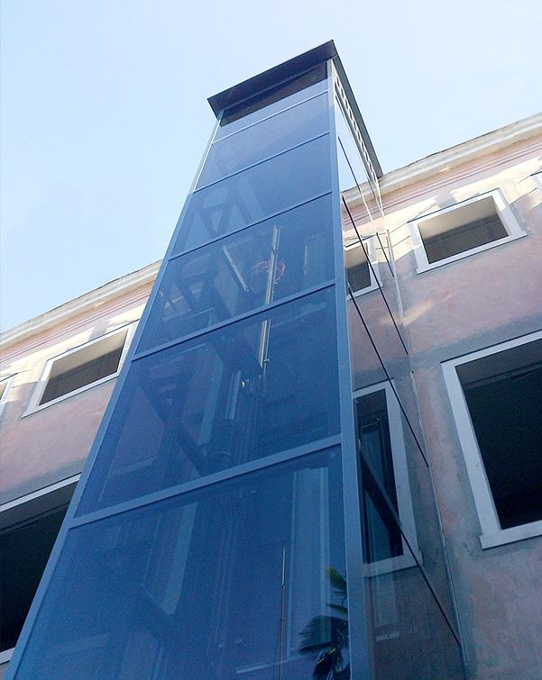 ascensore esterno ridotte dimensioni linea f