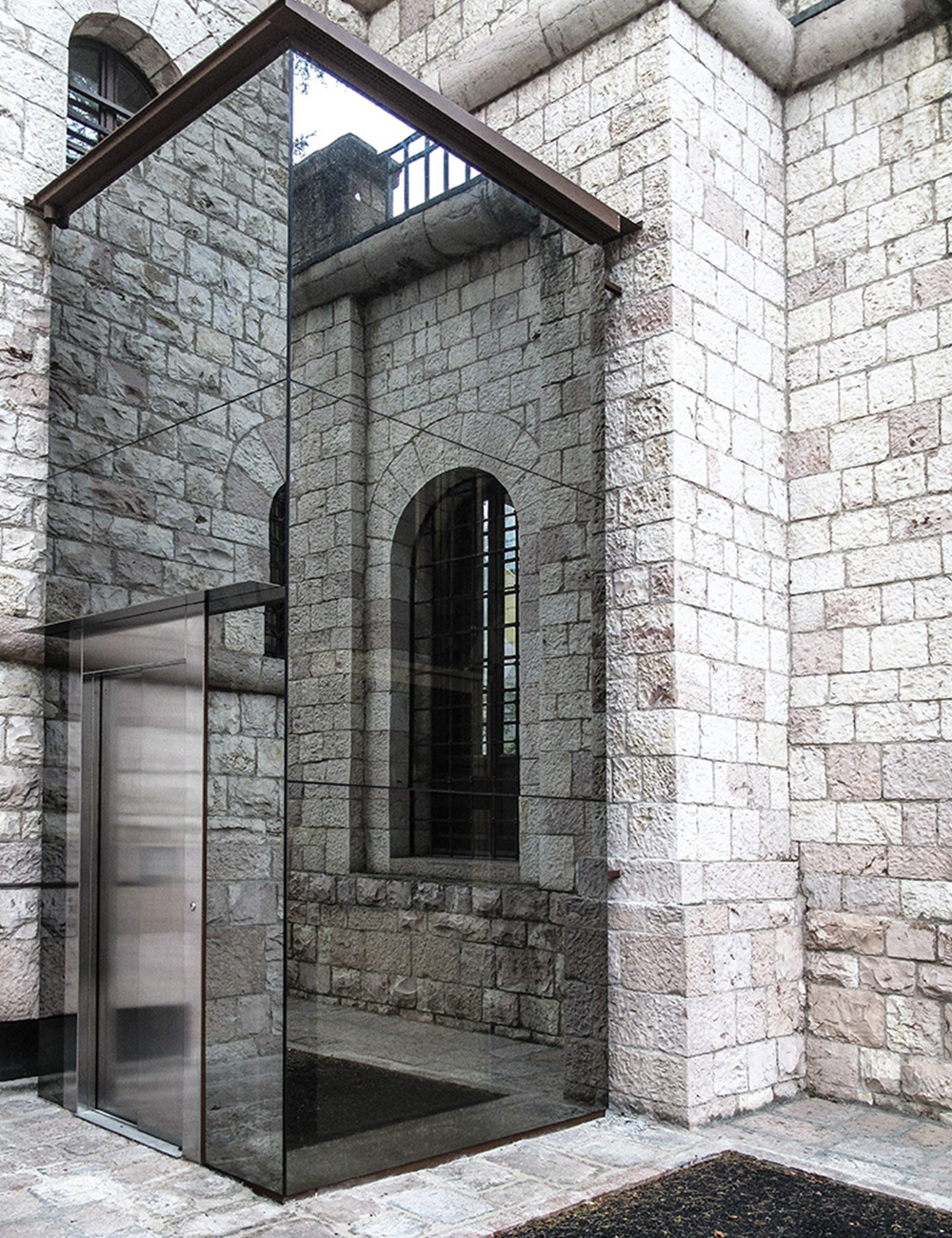 ascensore elegant esempio