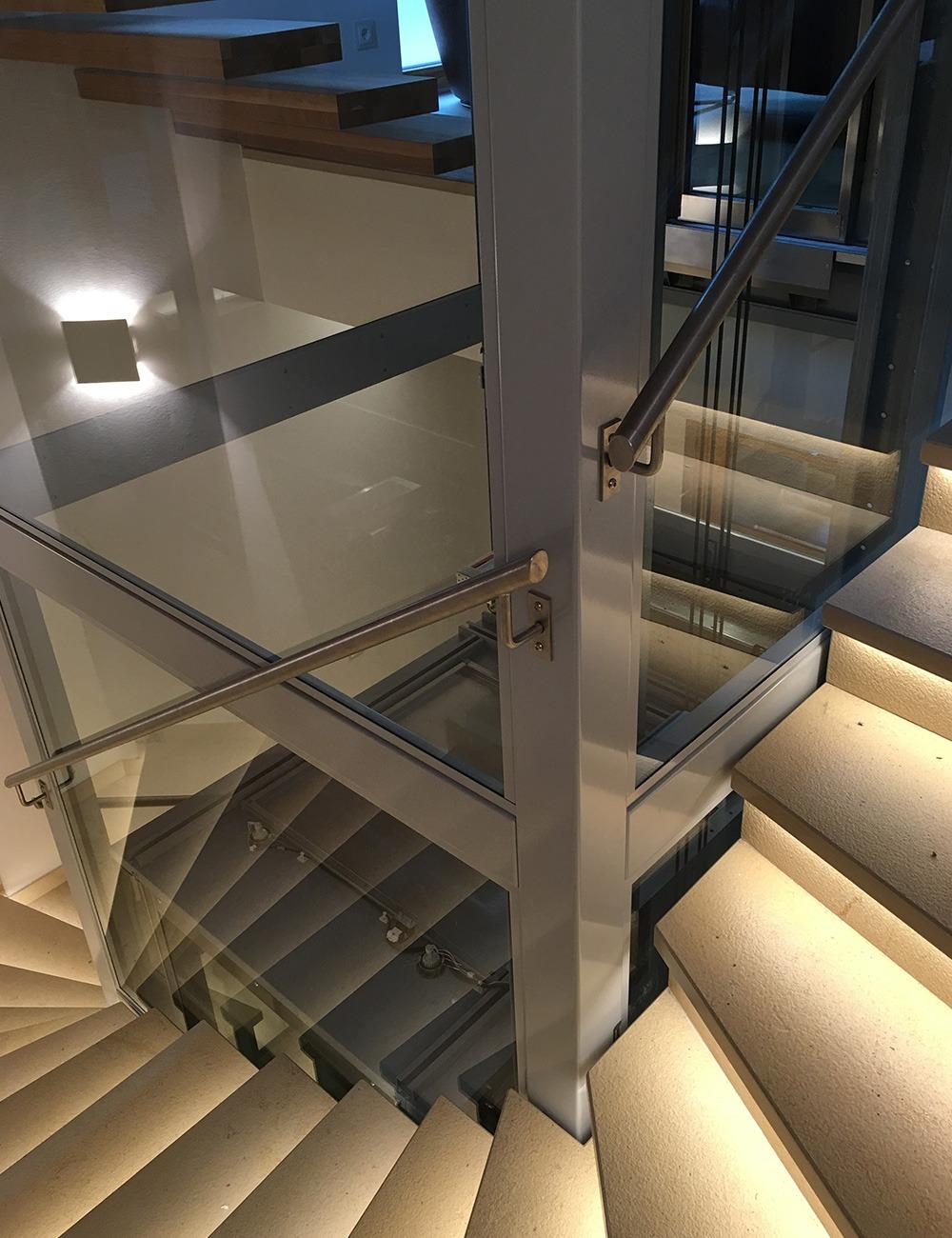 ascensore linea f esempio